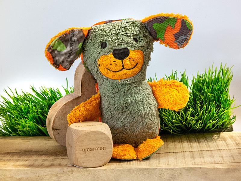 HOVIplüsch ist ein Kuscheltier für den Hovawart aus BioBaumwolle frei von Schadstoffen und TÜV-zertifiziert