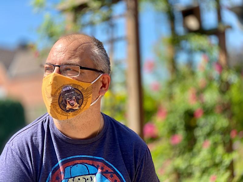 Mund- und Nasen- Maske mit dem Hundemotiv Hovawart