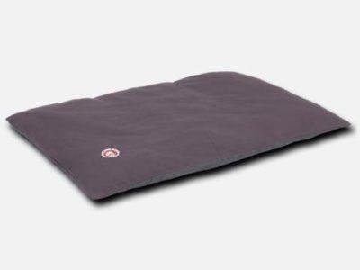 Hovawart Hundebett. Das mit DuPont™ Teflon beschichtete Bett beleibt sauber, frisch und fleckenfrei. Mit atmungsaktiver Schutzschicht.